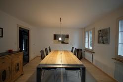 Tisch in Esche Braunkern